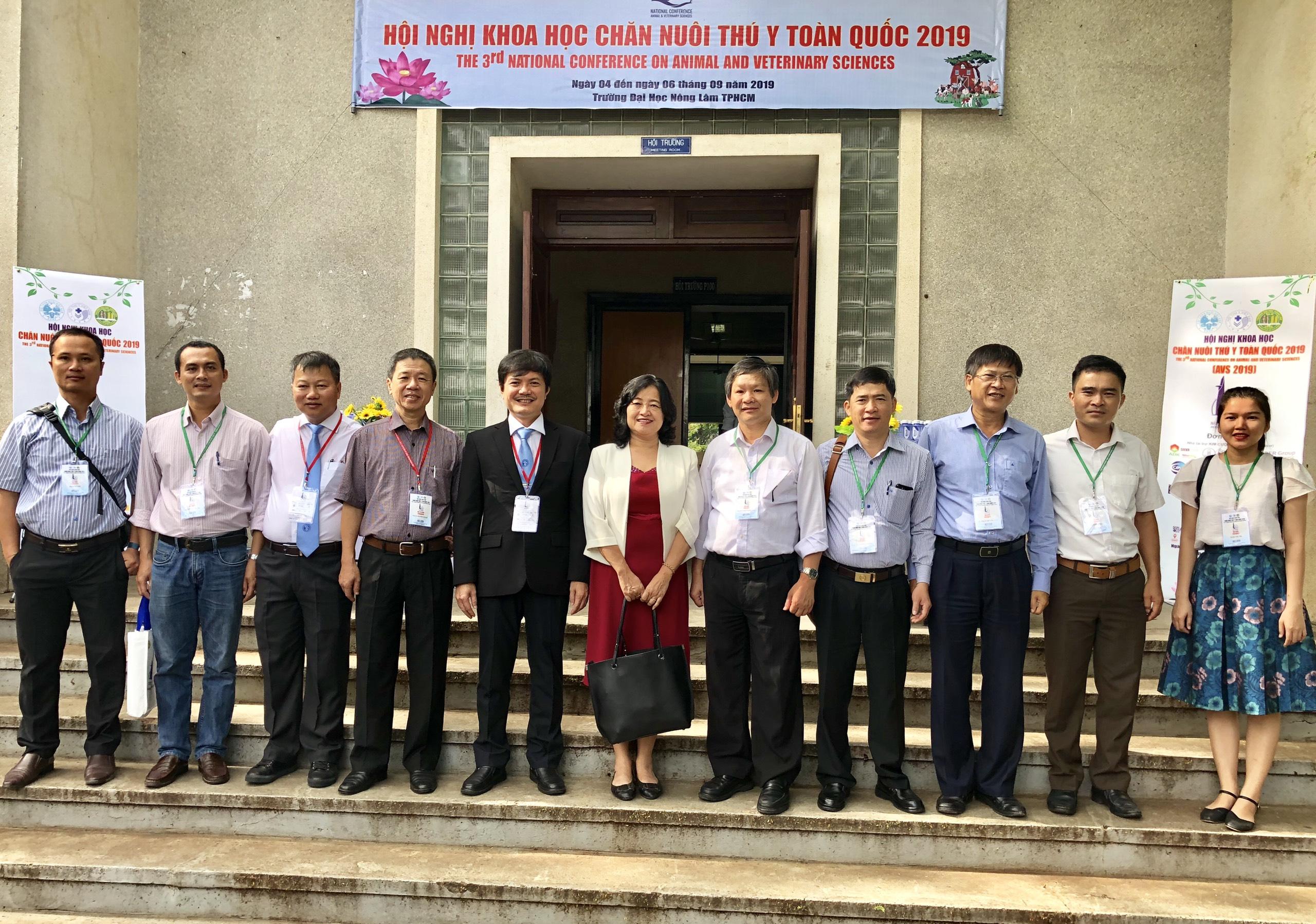 Đoàn đại biểu trường Đại học Nông Lâm, Đại học Huế tham dự hội nghị Chăn nuôi Thú y toàn quốc lần thứ 3 – năm 2019 và nhận đăng cai tổ chức hội nghị lần thứ 4 – năm 2021